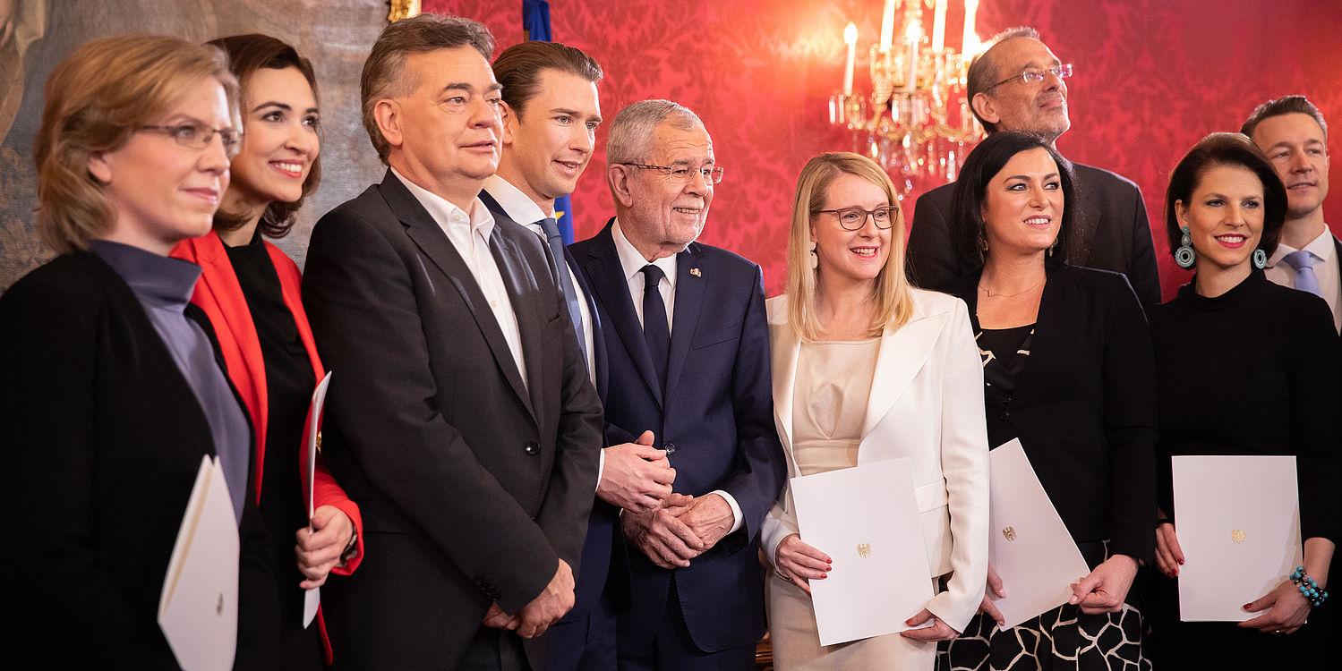 Ernennung und Angelobung der neuen Bundesregierung durch Bundespräsident Alexander Van der Bellen